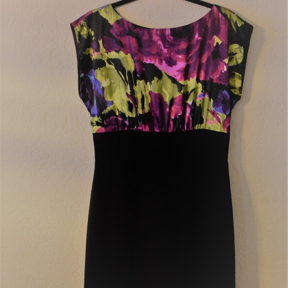 Tahari Dresses & Skirts - TAHARI Arthur S Levine Sheath Dress